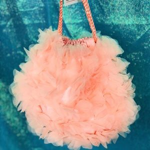 NWT 🌸 soft pink tulle flower pouch